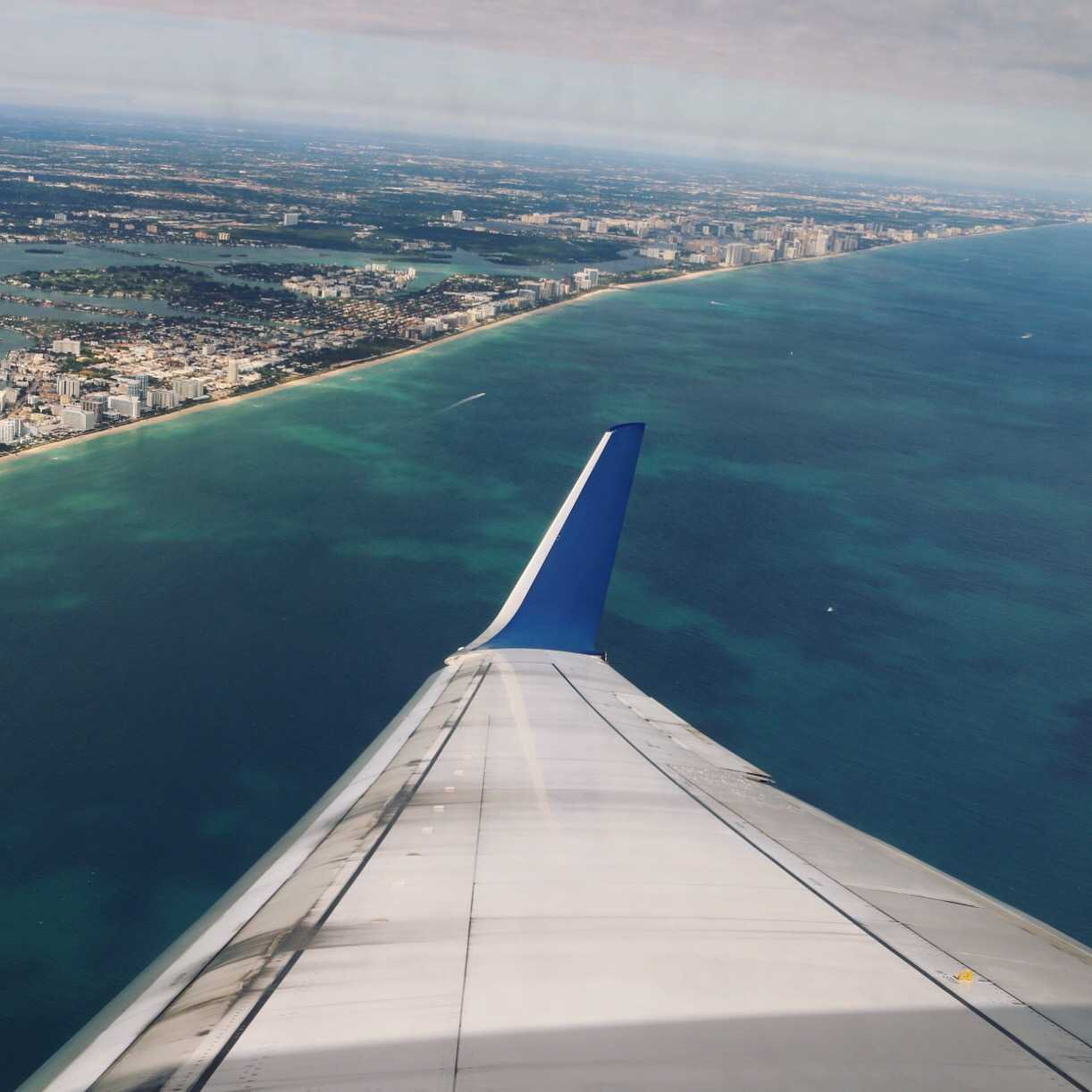 Cool Best Plane Window Seat View Between New York And Miami Dailytribune Chair Design For Home Dailytribuneorg